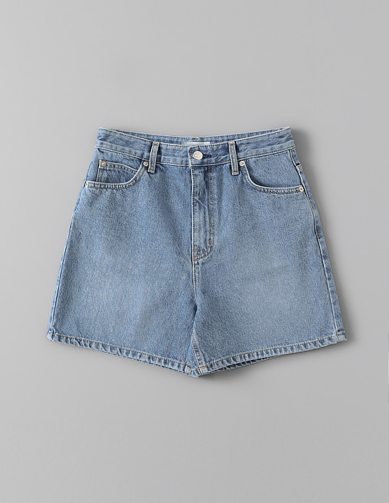 DAILY BLUE DENIM SHORTS